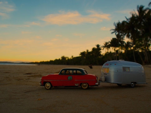 Nan & Pop set their caravan up for a night a Mission Beach.